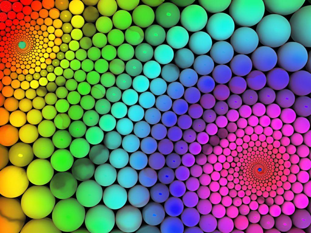 Petites boules de toutes les couleurs